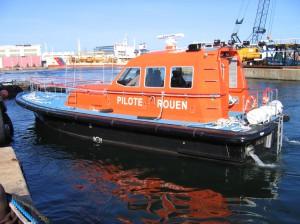Photo 4 Delta fender Rouen Pilot Boat Rouen Station